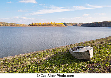 The shore of the river Dniester