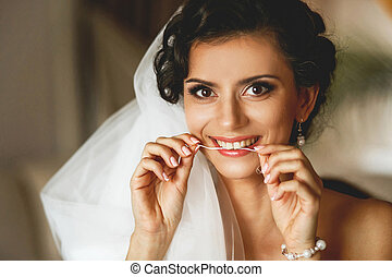 The smilling bride