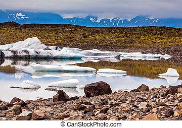 The snow of glacier Vatnajokull