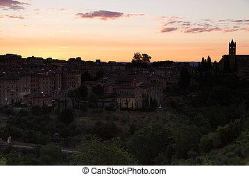 The splendid sunrise over the city of Siena
