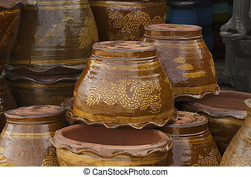 The stacks of clay flower pot
