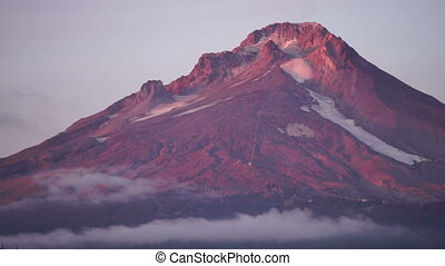 The Sun sets on Mount Hood Clouds Pass Trillium Lake - Fast...