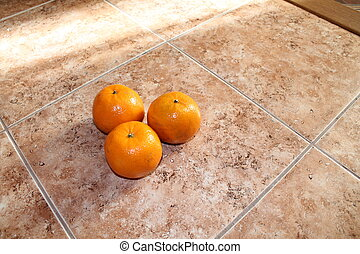 The tangerines from light