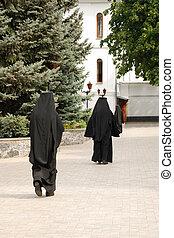 The three running monk