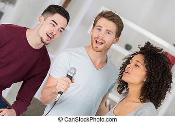 the three singers