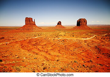 The three sisters, monument valley