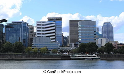 Timelapse Portland, Oregon downtown over the Willamette River