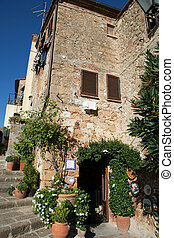 The town of Pienza is a small pearl in the Tuscan countryside