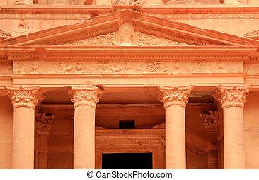 The treasury at Petra, Lost rock city of Jordan.