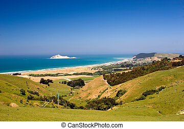Bare Island - The view down to Bare Island and the coastal ...