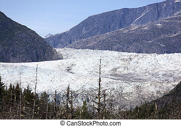 Mendenhall Glacier - The view of majestic Mendenhall Glacier...