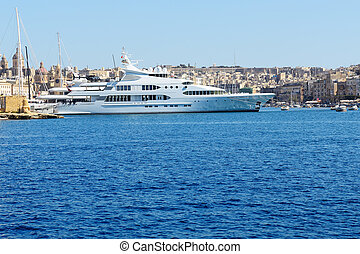 The view on Vittoriosa and motor yachts, Malta