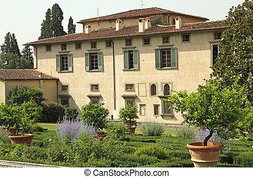 The Villa di Castello ( ( Villa Reale, L'Olmo , Il Vivaio )...