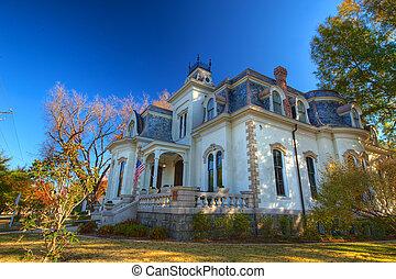 The Villa Marre (Side)