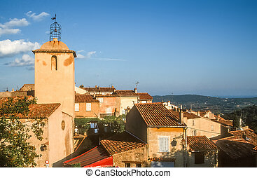 The village of Ramatuelle in the Bay of St. Tropez, Cote ...
