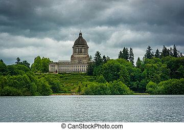 The Washington State Capitol and Capitol Lake, in Olympia, Washington.
