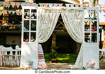 The wedding archway