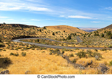 The Winding Road in Central Oregon