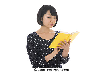 woman who reads a book
