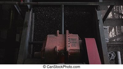 The work of the coal factory. Enrichment at the manufacture....