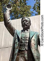 theodore, insel, washington dc, roosevelt, statue