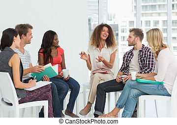 therapist, groep, het glimlachen, het spreken, rehab