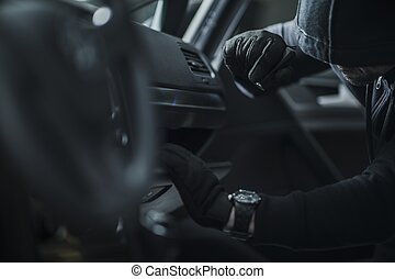 Car Break In by Thief