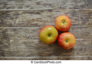 three beautiful apples