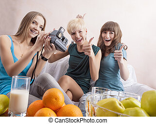 Three Caucasian Girls With Dental Brackets System Communicating