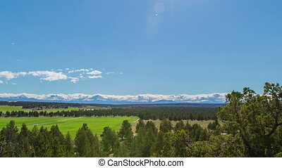 Time lapse of three sisters mountains in bend oregon.