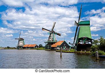 windmills in Zaanse Schans - three windmills in Zaanse...