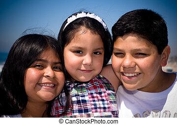 threesome, família, hispânico