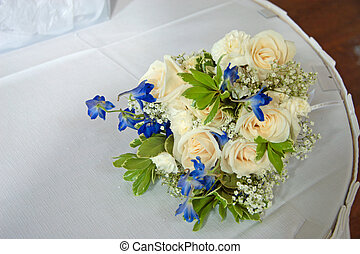 Throw-away Bouquet 2 - Bridal throw-away bouquet on table.