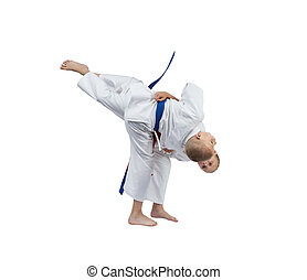 Throws in perfoming the athletes in karategi