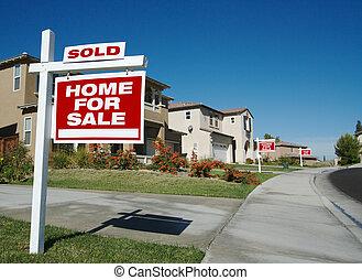 thuis, voor de verkoop tekeent
