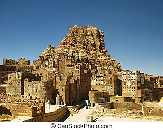 Thula town, Yemen - Traditional town of Thula, mountain ...
