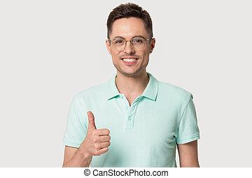 thumbs, человек, показ, up., счастливый, glasses, улыбается...