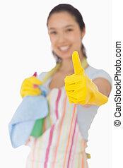 thumbs, giving, уборка, вверх, женщина