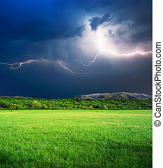Thunderstorm in green meadow - Thunderstorm with lightning ...