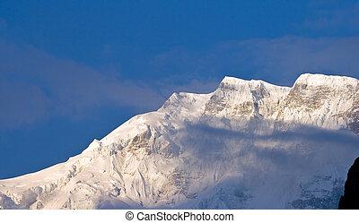 Tibetan mountains daybreak, Nepal, Annapurna trek.