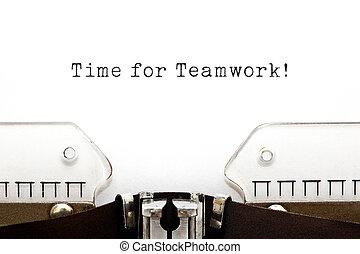 tid, för, teamwork, skrivmaskin