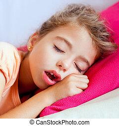 tief, eingeschlafen, closeup, porträt, m�dchen, kinder