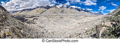 Tien-Shan in Kyrgyzstan - Scenic panorama of glacier and ...