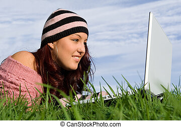 tiener, buiten, draagbare computer, wifi, computer, internet