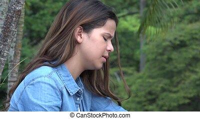 tiener, pijn, spaans, het schreeuwen, emotioneel, meisje