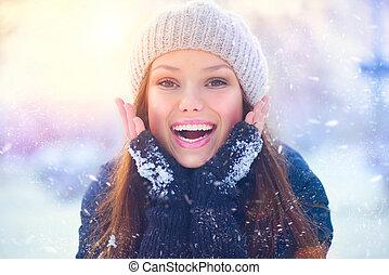 tiener, winter, meisje, park, hebben, portrait., plezier, model, blij