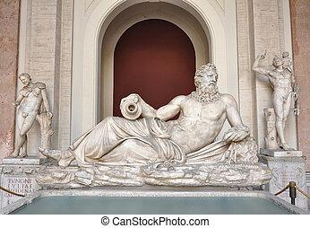 Tigris statue at Vatican Museums