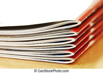 tijdschriften, stapel