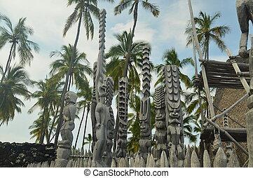 Tikis In Native Hawaiian House