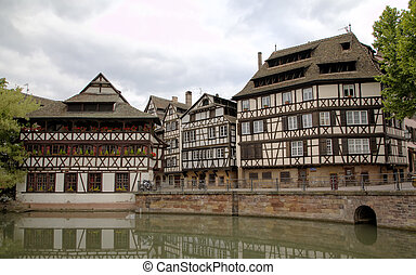 """Timber framing houses of district """""""